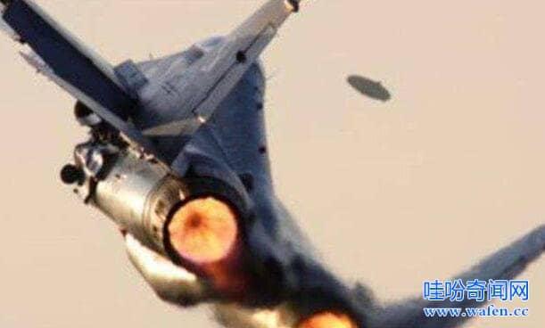 我是飞行员见过ufo美国战斗机飞行员发现超速行驶的UFO